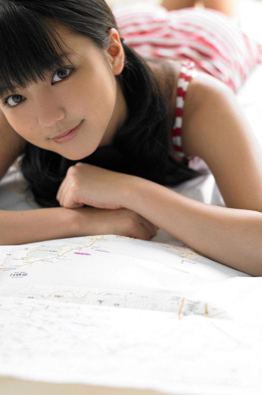 小池里奈vs真野恵里菜 どっちの方が可愛いか?YouTube動画>2本 ->画像>128枚